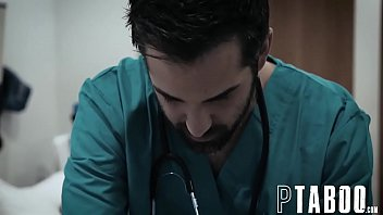 xvideo drugged doctor Megan fox lactrice sest fait viole