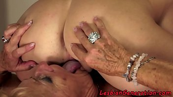 video bokep masturbasi6 17 abg tahun Son fucks mom while dad is on the other side of door