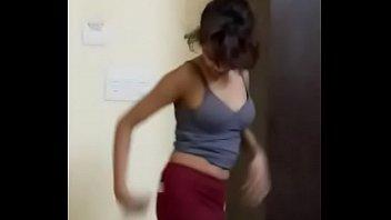 girl drunk skinny russian super posting Forzadas en el tren