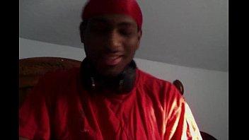 chong ruou say Black girl is dispensing soaked fellatio