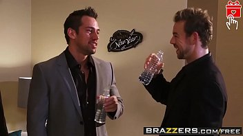 e brazzers li Real cum inside by accident