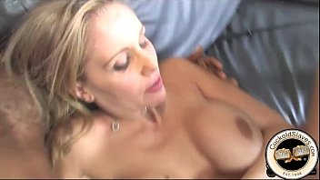 wife cock in Shaky black puss