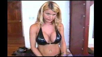 mistress tranny fucks Really wife seduce plumber in hidencam