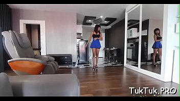 11 free glimpse Luna busty sensual brunette woman public flashing tits