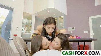 girl doing all Sunny leone leela film sex