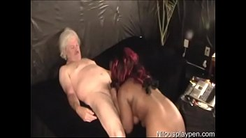 sexy heels dipping and Spycam changing tampon