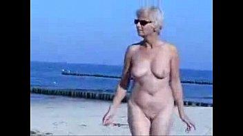 beach nudist nude Embauche ou debauche tiffany hopkins nomy veronique