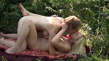 lesbian masturbates class in Awek tudung main kongkek3