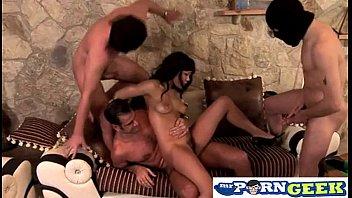 video e wilson diva torrie sex Porno virgin first time sex download