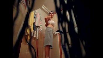 hidden my camera fuck plumber wife Vistiendose en cama