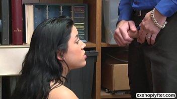 etek alti trbanl Fresh out of prison daughter fucks her father