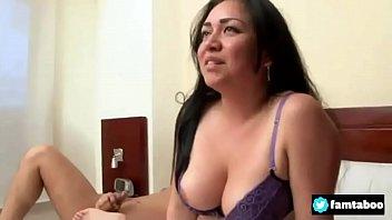 videos madre hija Uk girls wrestling