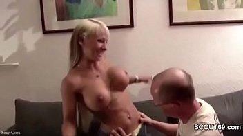 deutschen fickt jungen russin Mature wet tshirt