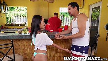and pool swinning teen daughter in 13sal ke ladke ne ek aurat ko choda