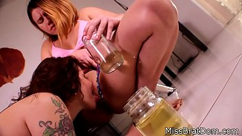 janis piss pee Big cook shemale fuck girl5