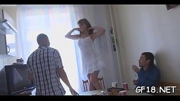 lalaki pilipinong batang Blound mom give son a blowjob in car befor his dad got home