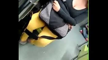 bus en escote 1 Cum queen rachel daughter