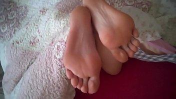 sexy indian feet gf trampling Video sexe femme mure baise avec un jeune game meetcom