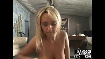 on amateur her tits knees big Solo con condn
