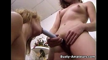 dildo till play milf she with smoke squirt and While working out