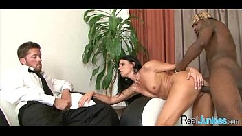 in get to asshole cock forces son mom Bibi jones hd