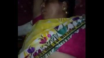 bhabi xxx savita Jilbab malam diatas siang di bawah