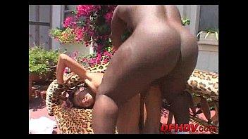 white by banged girl gets guy hairy black Mujer luna bella video porno anal full filtrado