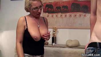 sohn lt sich schwangere ficken mutter vom Young blonde gets her pussy worked by old masseur10